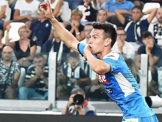 "Foto: Hirving ""Chucky"" Lozano, con Napoli / EFE"
