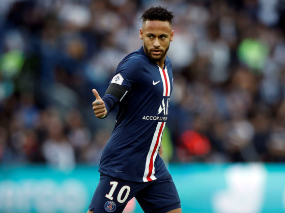 Paris Saint Germain's Neymar reacts during the French Ligue 1 soccer match between PSG and Angers at the Parc des Princes stadium in Paris, France, 05 October 2019. (Francia) EFE/EPA/YOAN VALAT