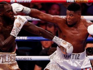 Foto: Luis Ortiz vs. Deontay Wilder / EFE