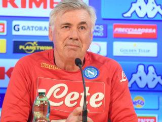 Foto: Carlo Ancelotti de Napoli / Facebook Oficial