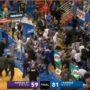 Batalla campal en el baloncesto colegia del EE. UU. Foto: Youtube.