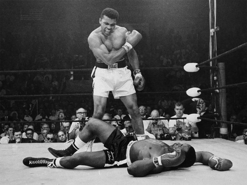 Foto: Muhammad Ali vs Sonny Liston / Facebook Oficial