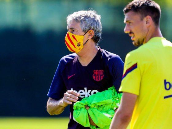 Foto: Barcelona, en entrenamiento con mascarilla / Twitter Oficial