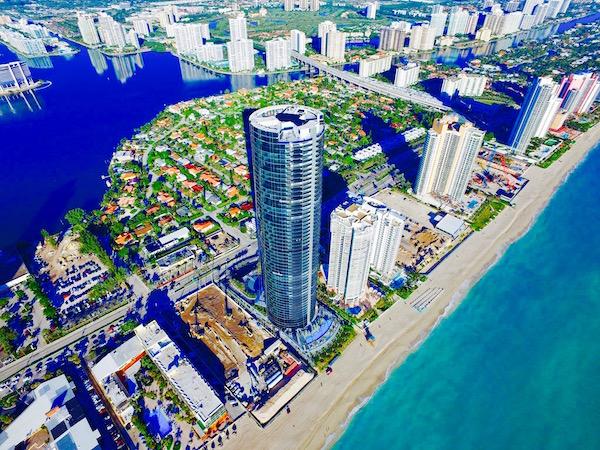 La Torre Porsche Desing en Miami. Foto: Cortesía http://pdtowermiami.com/.