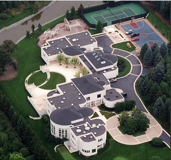 Una vista aérea de la mansión de Michael Jordan. Foto: Twitter.