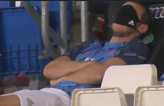 Bale durmiendo la siesta